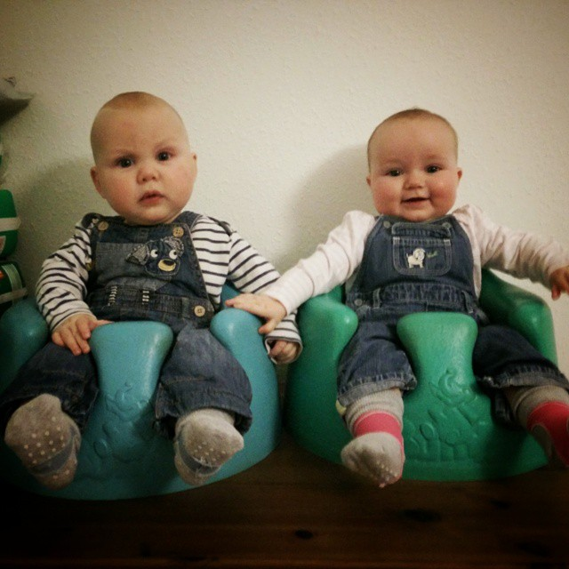Dungaree'd and ready #Twins #POTD