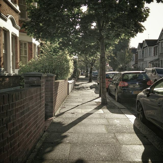 Summerlands Ave looking beautiful this morning. #ActonStreets #Acton #POTD