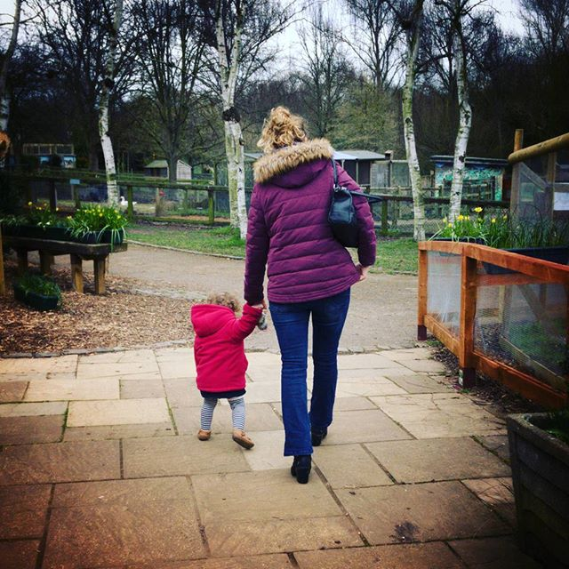 These two ladies are my favorites. #BabyGirl #Moma #wifey #daughter #MotherAndDaughter #MotherDaughter #family #BunnyPark #toddlers #twinsofinstagram @rufus2612 #POTD