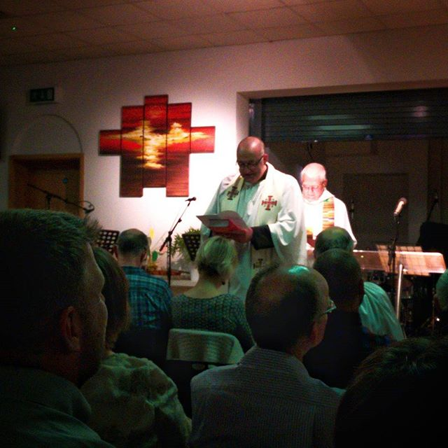 @suddyman (Rev Tim Sudworth) being installed at @oaktteeacton #NewRev #new Beginnings #POTD
